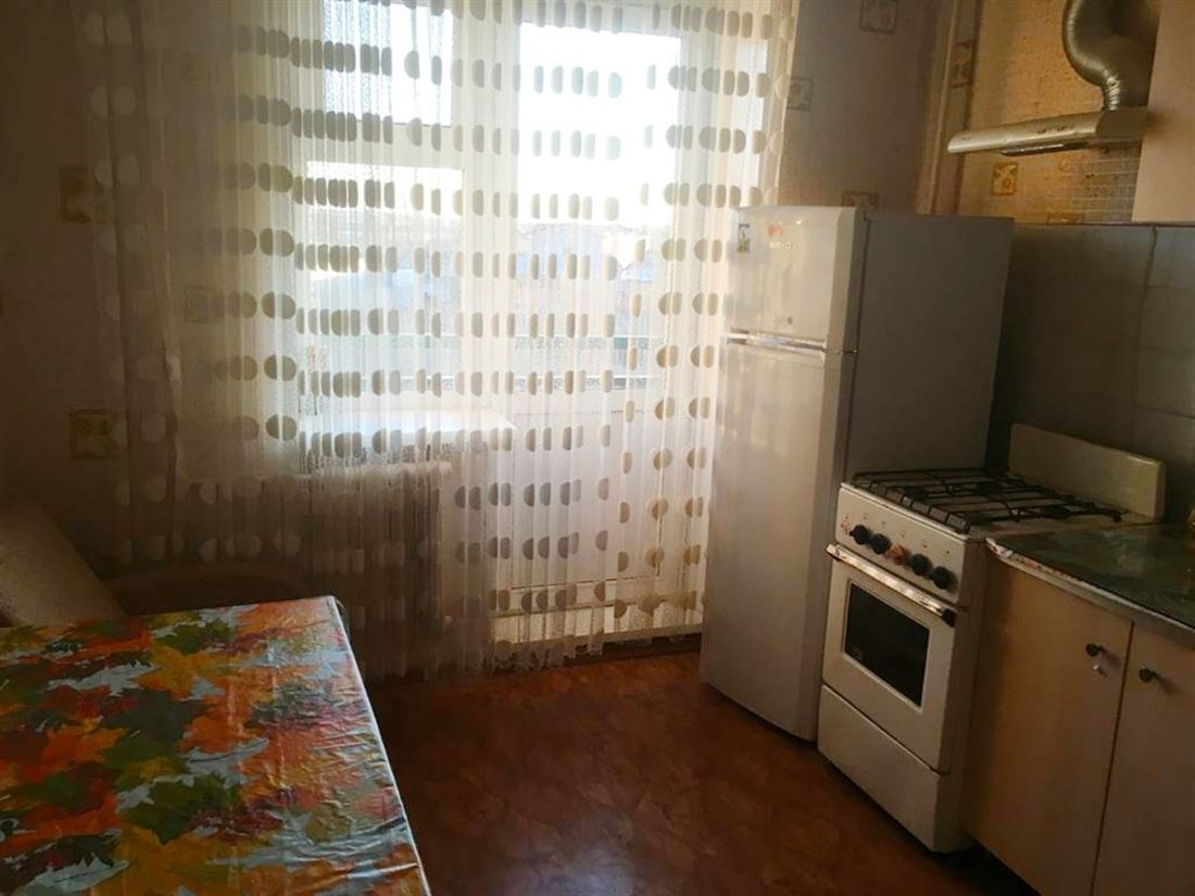 Квартира на продажу по адресу Россия, Ленинградская область, Гатчинский, Малое Верево, Киевское шоссе, д. 44