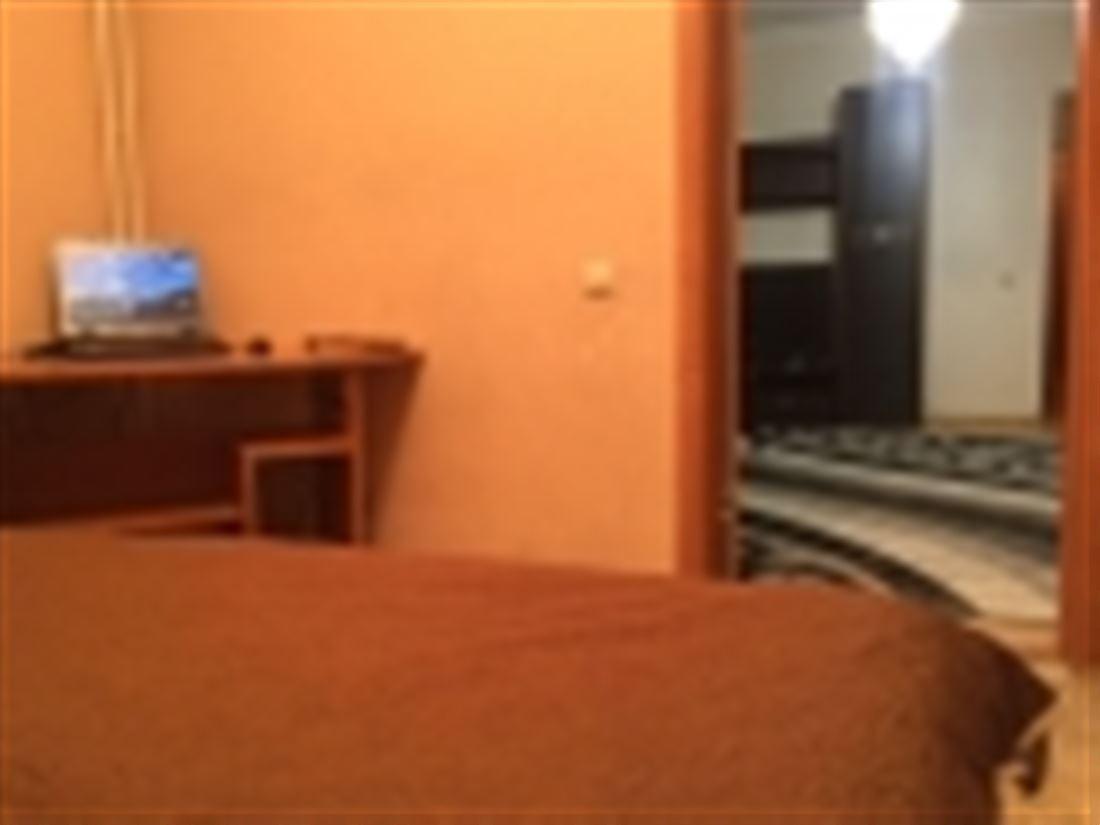 Квартира в аренду по адресу Россия, Новосибирская область, Новосибирск, ул В.Высоцкого, д. 42