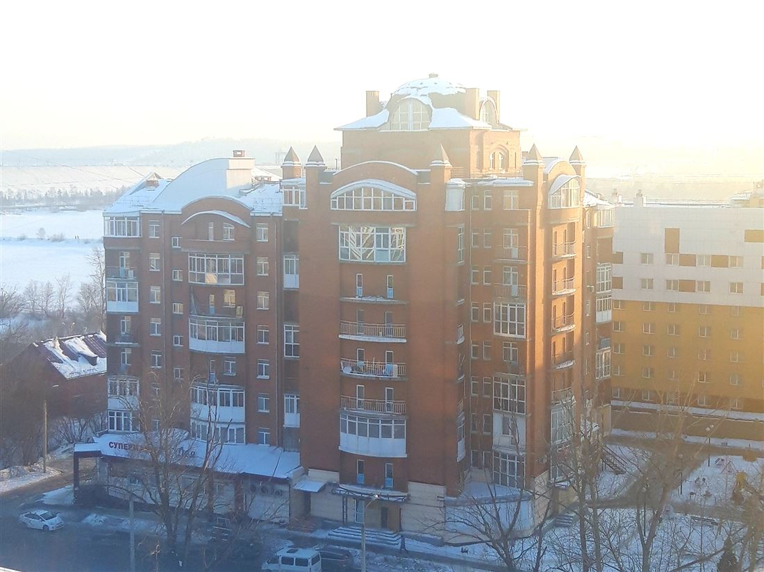 Квартира на продажу по адресу Россия, Иркутская область, Иркутск, ул Дальневосточная, д. 154/10