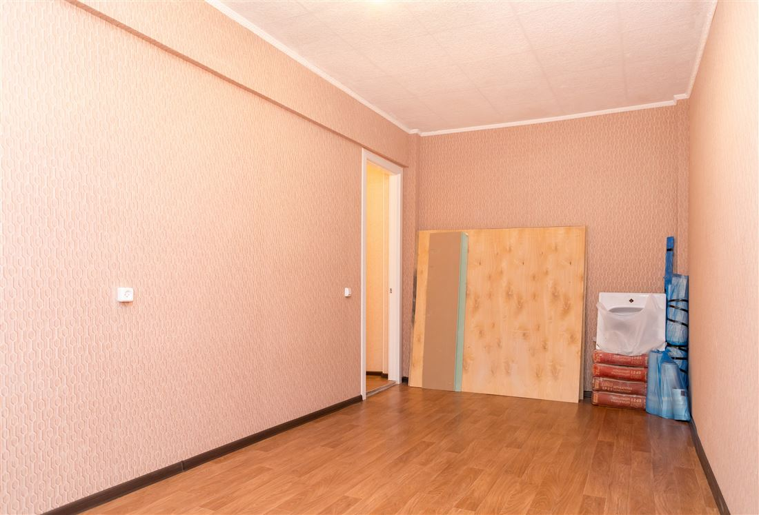 Квартира на продажу по адресу Россия, Томская область, Северск, ул Крупской, д. 2