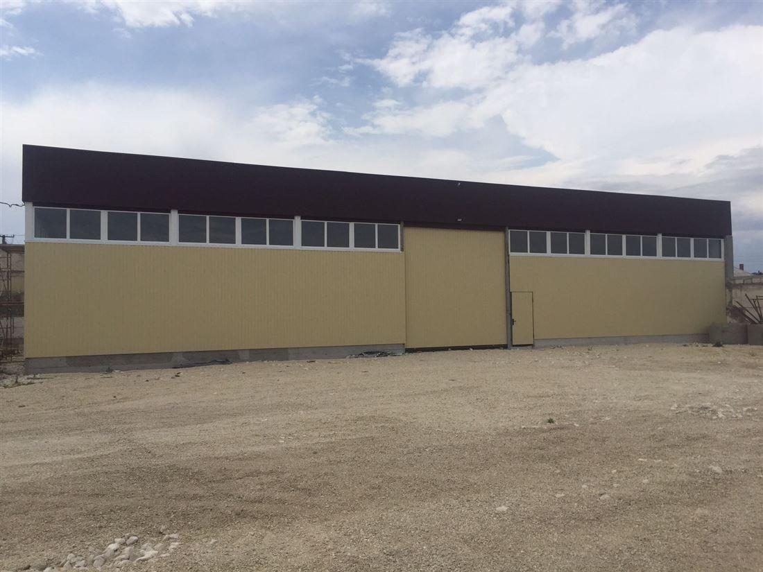 Warehouse на продажу по адресу Россия, Республика Крым, Белогорский, Белогорск, ул Бирлик, д. 15