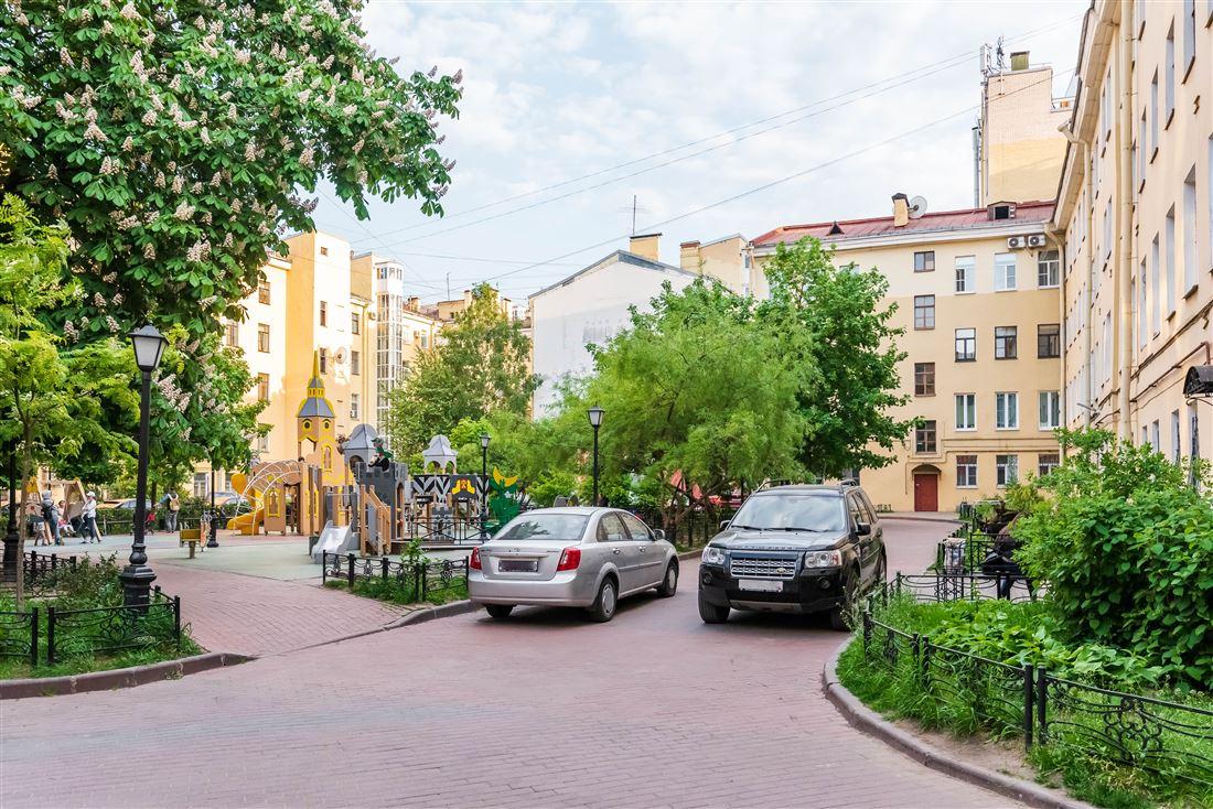 Квартира в аренду по адресу Россия, Санкт-Петербург, Санкт-Петербург, ул Марата, д. 4