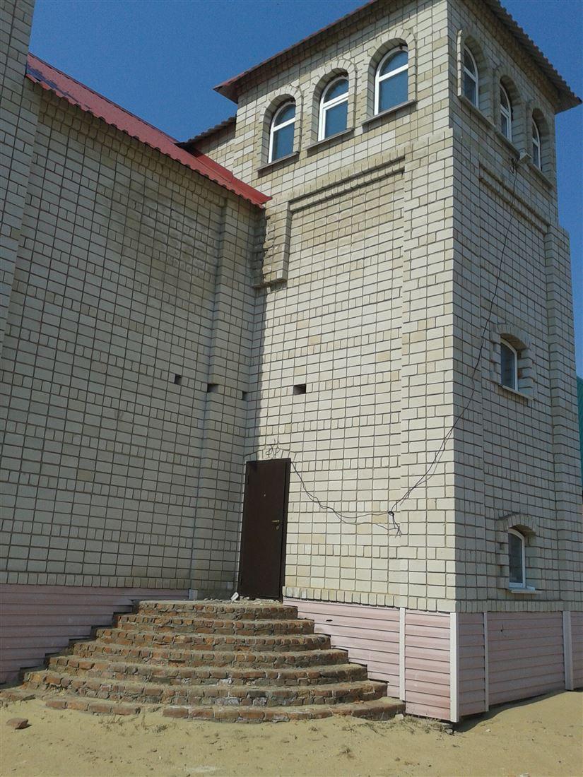 Дом на продажу по адресу Россия, Алтайский край, Яровое, ул 40 лет Октября