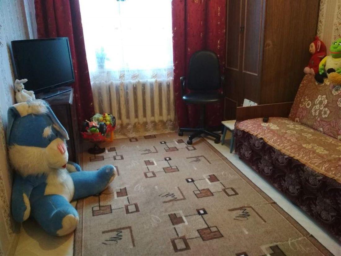 Квартира на продажу по адресу Россия, Ленинградская область, Гатчинский, Малое Верево, ул Кутышева, д. 55
